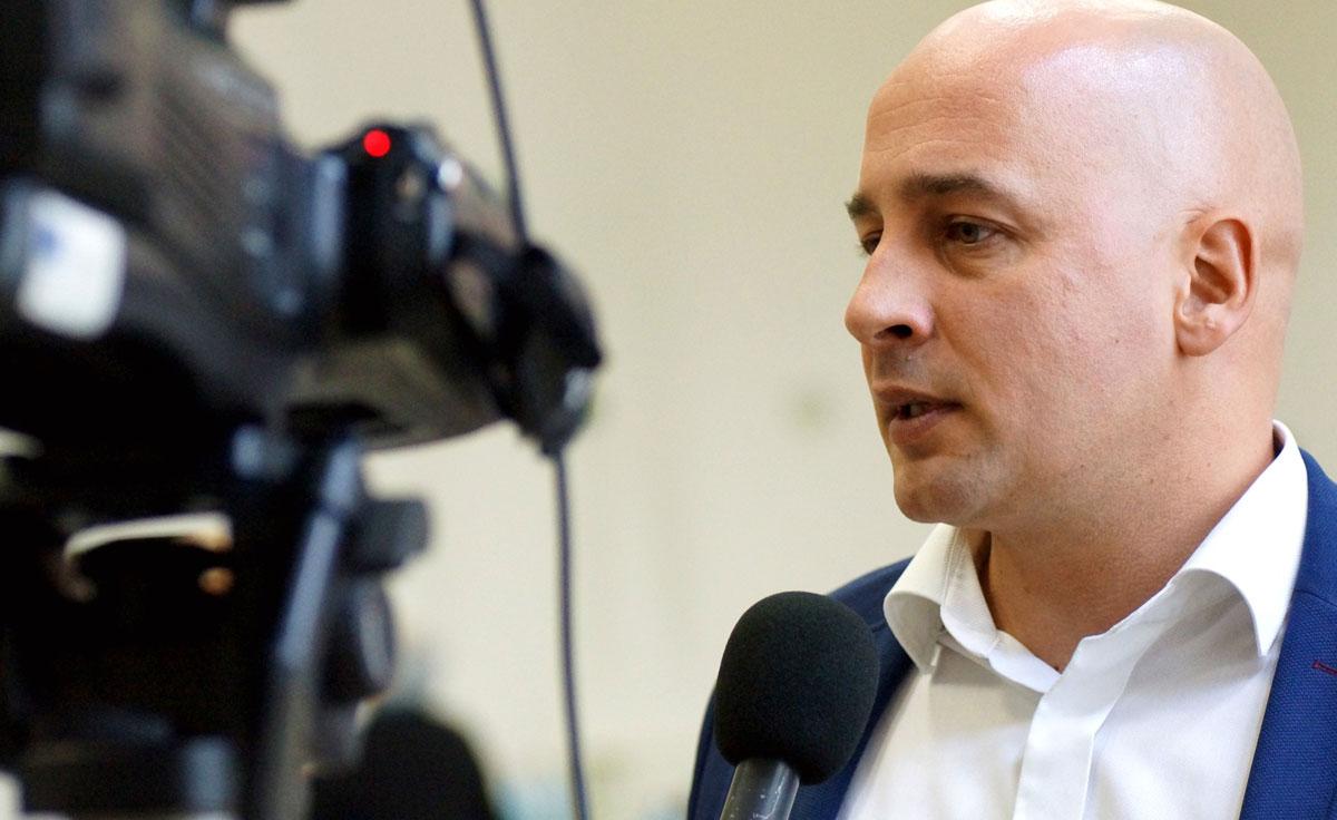 Menyhárt József, a felvidéki Magyar Közösség Pártjának elnöke
